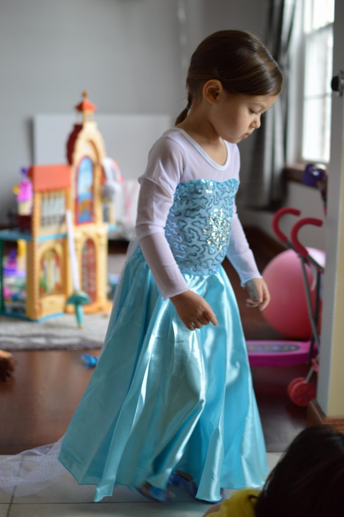 646b133d4c Aurora (Sleeping Beauty)– This is one of the most beautiful dresses I have  seen on my daughter. The pink is lovely and the small details of the foil  organza ...